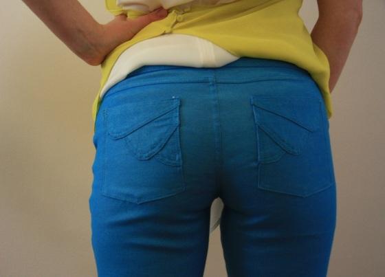 V8774 Jeans 6