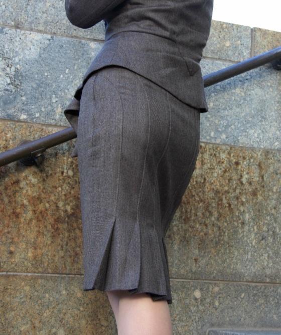 V8543 Skirt